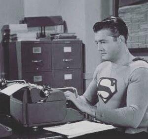 superman-escribiendo-a-maquina